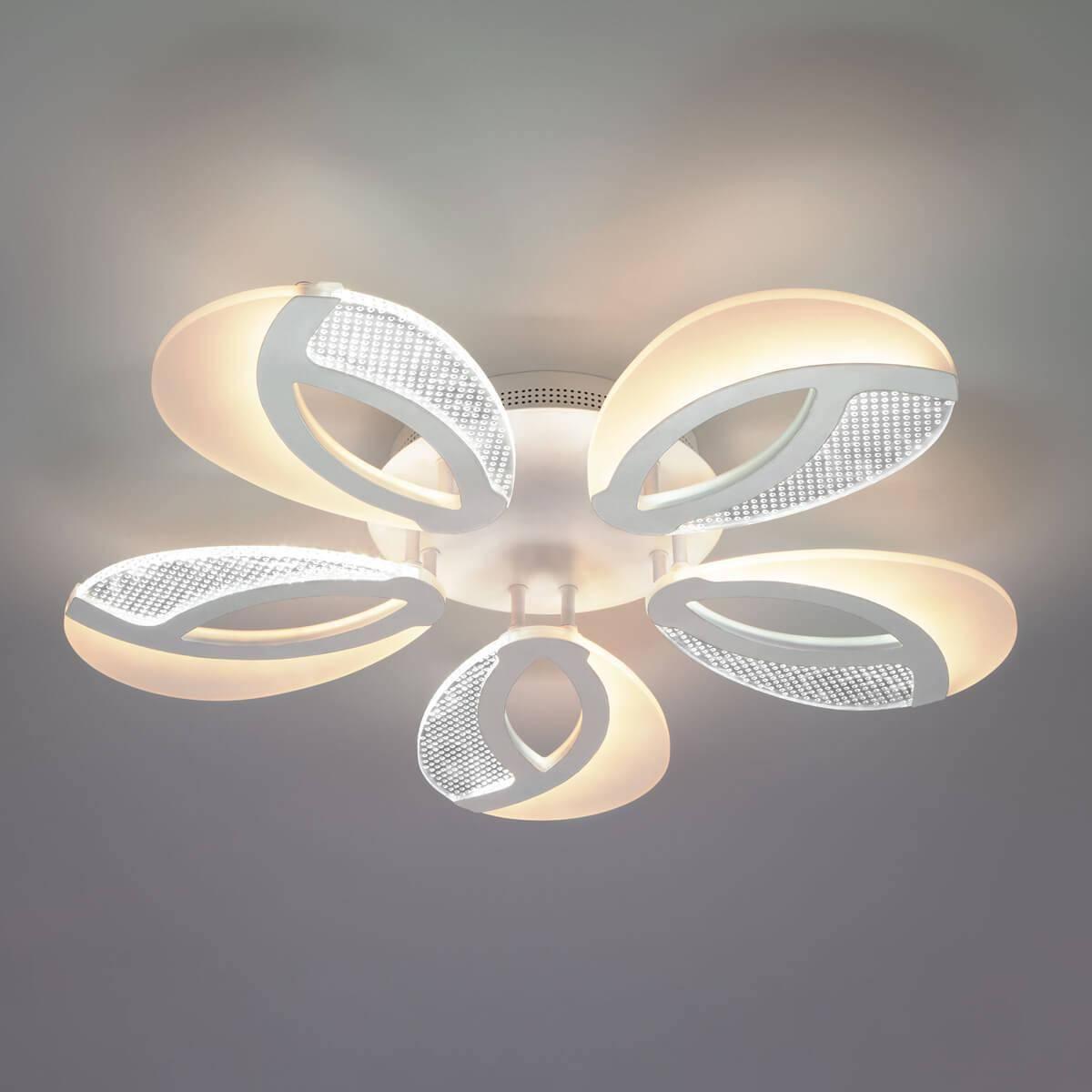 Потолочный светильник Eurosvet 90140/5 белый